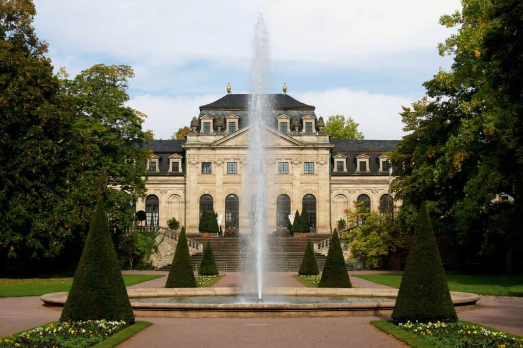 Mansion with fountain